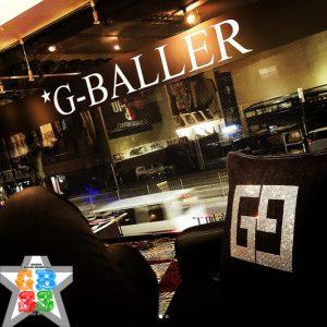 G-BALLER店舗 クッションスワロ デコ製作